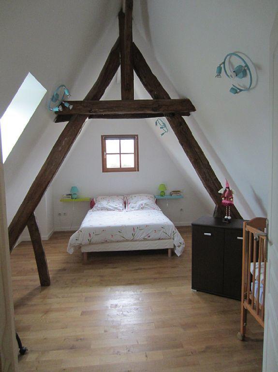 La deuxième chambre double est située à l'étage
